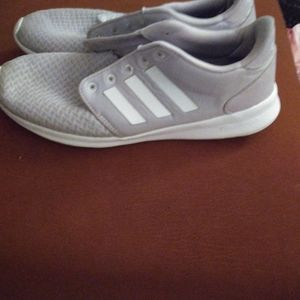 Adidas cloudForm Tennis shoes
